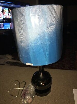 Three Hands Corp Chrome/Silver Toned Lamp w/Drum Shade Blue 22 inches tall (JD)