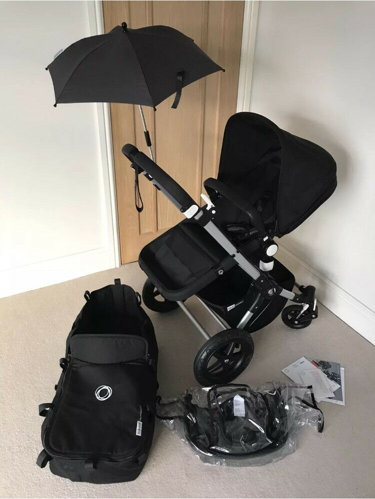 Immaculate Bugaboo cameleon 3 all black edition
