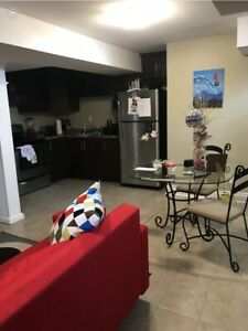 BASEMENT FOR RENT IN MARKHAM!!***