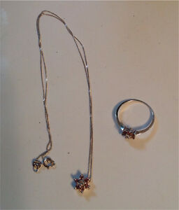 Ring and necklace set