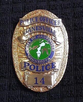 Obsolete City of Janesville Minnesota Police Officer badge *Hallmarked* RARE