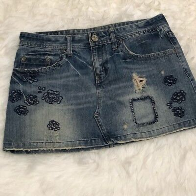 American Eagle Jean Distressed Mini Skirt Womens Size 8 Embroidered Flowers