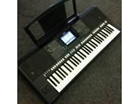 Yamaha psr s750 Keyboard.