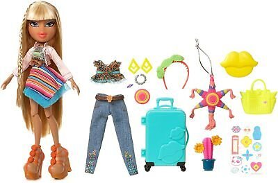 NEW Bratz Study Abroad Raya Doll with Clothes & Accessories Luggage 2 Outfits