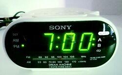 White Sony Dream Machine ICF-C318 FM/AM Dual Alarm Clock Radio WORKS