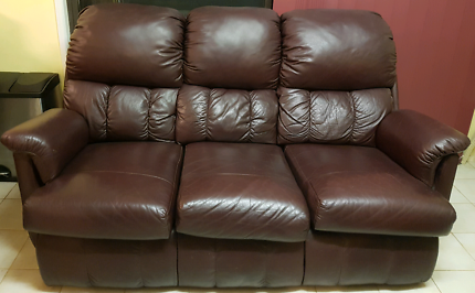 3 seater Leather couche and 2 single leather recliners