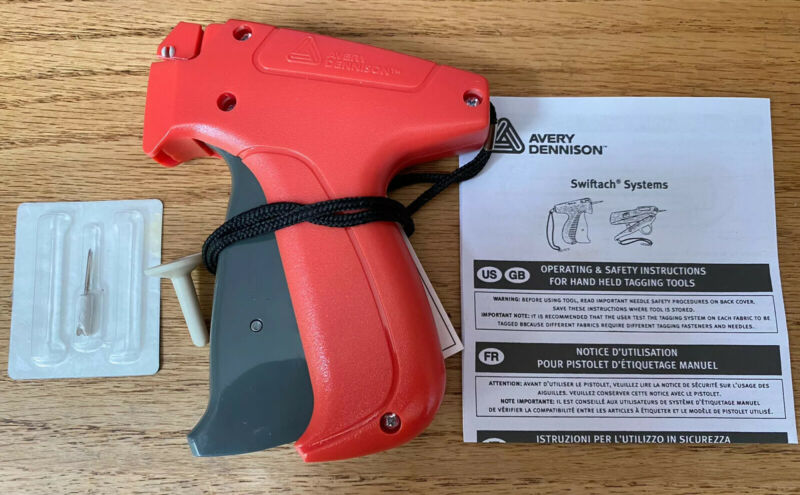Avery Dennison Mark III Fine-Fabric Pistol Grip Garment Tagging Tool 10312