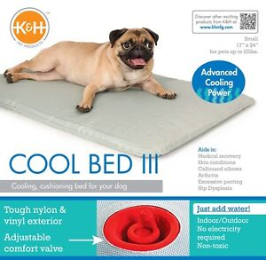 Pet Bed Cooling for dogs or cats - K&H Cool Bed III Small 43 x 61cm