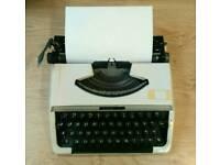 Manual typewriter Brother 210