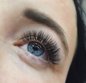 20% off Eyelash Extensions with London Lash Professional Stylist
