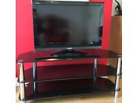 """32"""" Toshiba TV & Black Glass Stand"""