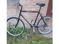 """Gent's RALEIGH. . 26""""wheel size. . City centre"""