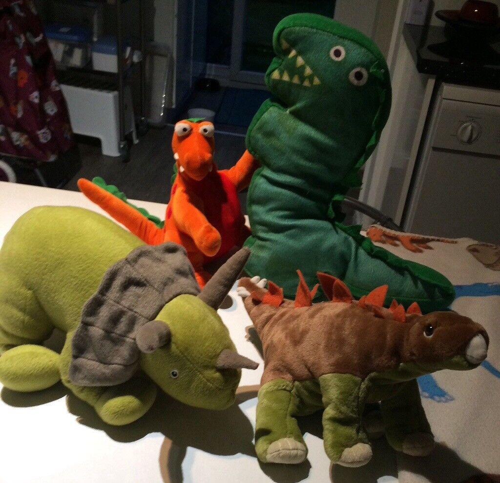 Dinosaur plush teddy toys and dinosaur blanket. boy unisex