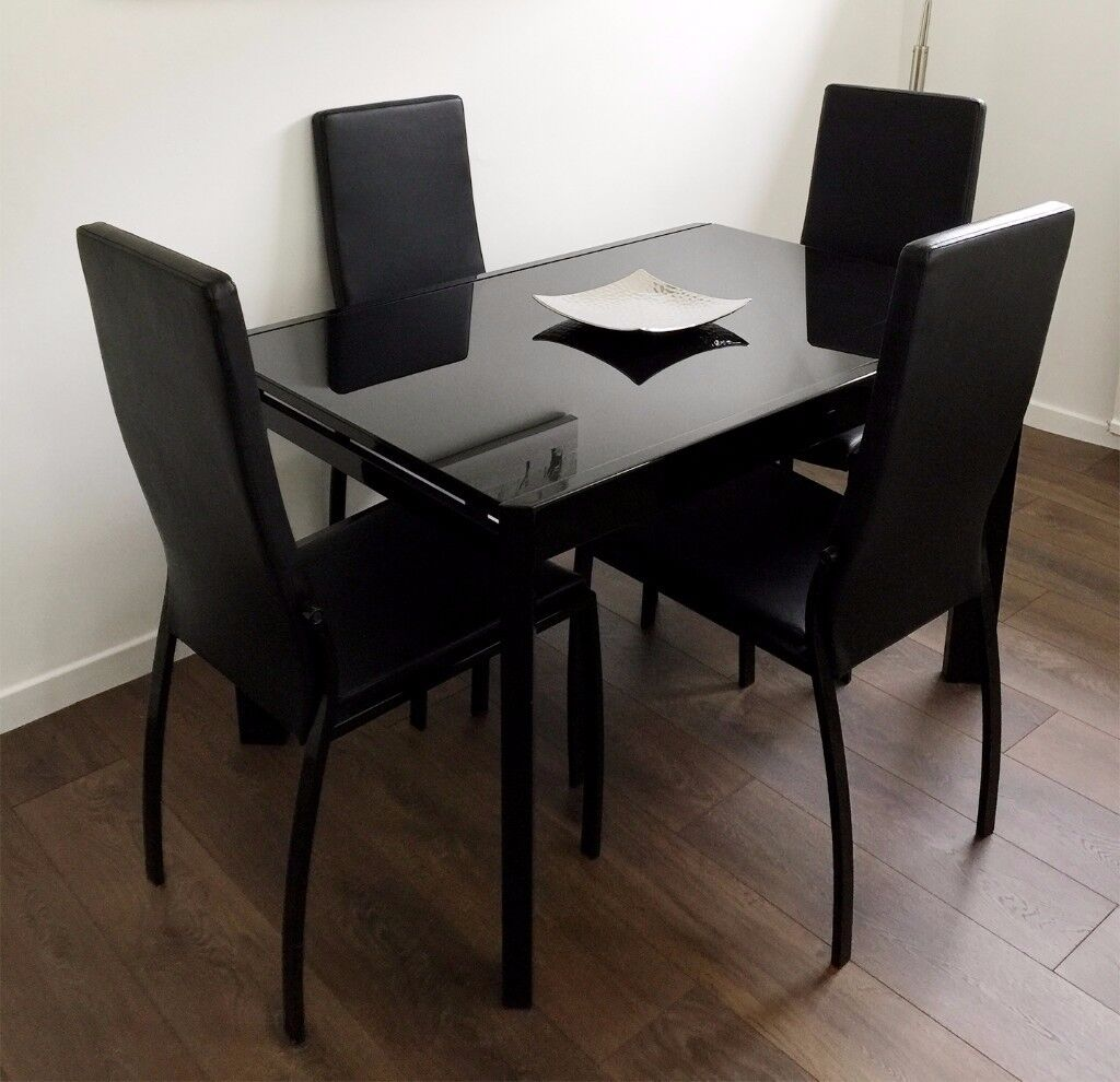 Black Glass Extendable Dining Table with 4 Chairs - Can ...