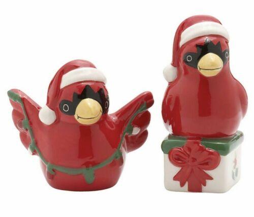 Pfaltzgraff WINTERBERRY CHRISTMAS CARDINALS SALT & PEPPER SHAKERS New in Box