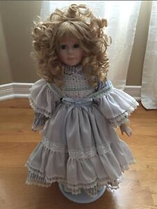 Vanessa Doll Collection • Special Edition