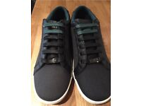 Ted baker ternur black size 7 trainers RRP £80
