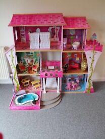 Kidkraft mansion dolls house