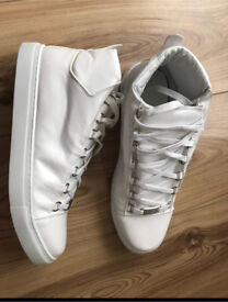 Balenciaga High Top Trainer UK Size 9