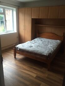 Double Room in Slough - £600pm incl. bills (suitable for couples)
