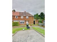 3 BED house. - MIDDLESBROUGH WANTING LEEDS