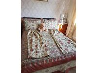 Dorma bed set (double) with curtains