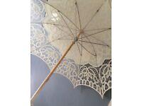 Beautfil vintage 50s style wedding lace parasol