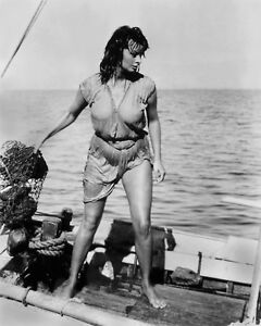 SOPHIA LOREN RARE 8x10 PHOTO