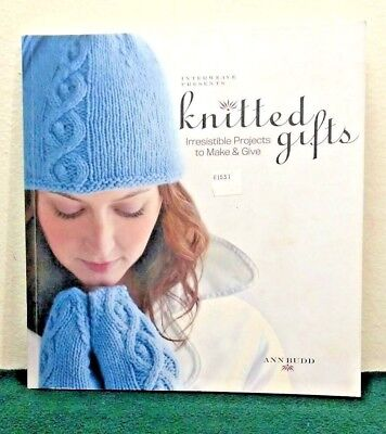 Interweave Presents Knitted Gifts : Irresistible Projects to Make & Give    (M5) ()