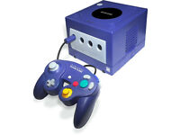 Purple GameCube Console With Leads, 1 Controller & 128 MB Memory Card
