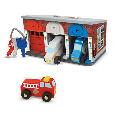 MELISSA AND DOUG KEYS & CARS RESCUE GARAGE WOODEN TOY BRAND NEW & SEALED