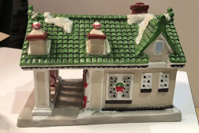 Texaco Town Filling Station Collectible 09490T 1930 Denver Style Winter Holiday