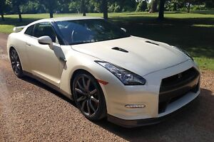 Looking to purchase GTR
