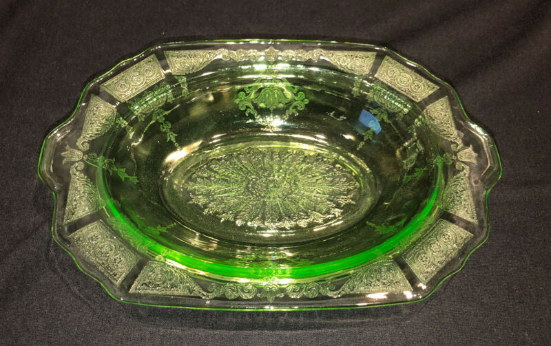 Anchor Hocking Green Depression Glass PRINCESS - Oval Vegetable Bowl 10 1/4""