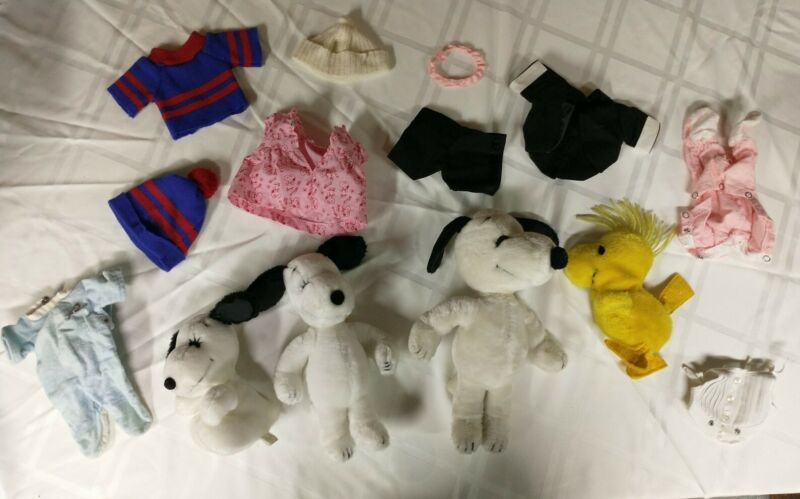 Vintage 1968 Snoopy, Woodstock, Belle, Baby Lot - With Costumes Outfits Dress