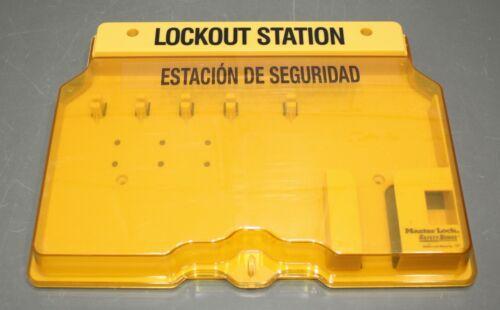 "Master Lock Unfilled Lockout Station 1482, 12"" x 16"", Bilingual English/Spanish"