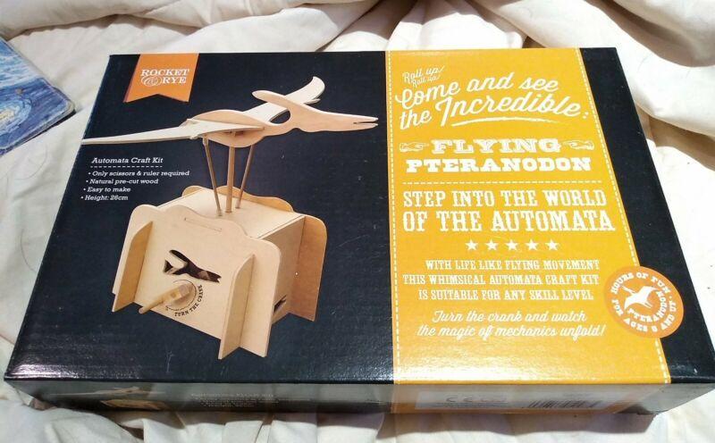 Wooden+Automata+Craft+Kit+%E2%80%98Flying+pteranodon%E2%80%99+working+model+Kit+BNIB+fab+gift