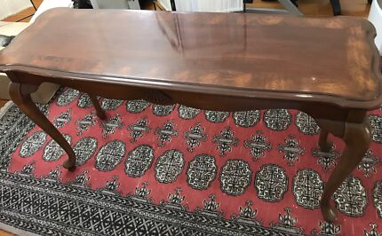 Wanted: Wooden hall table