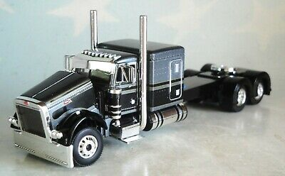 "DCP BLACK GREY PETERBILT 379 63"" FLATTOP SLEEPER CAB 1/64 60-0836 C"