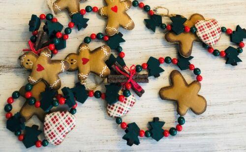 Christmas Tree Vintage Fabric Wood Gingerbread Men Hearts Trees 6 Foot Garland