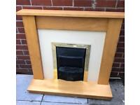 Electric Fireplace in Great Condition
