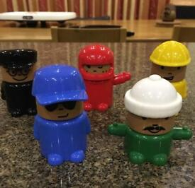 Little figures with interchangeable heads & hats