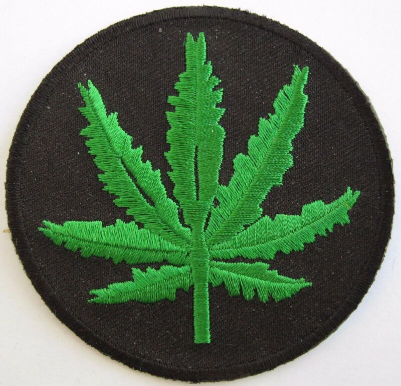 New Marijuana Leaf  Sew on  Patch  Vest Jacket  Cannabis 420 weed  Mary Jane