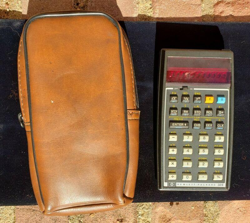 Vtg Hewlett Packard HP 32E Scientific Calculator RPN Red LED  & Case WORKS GREAT