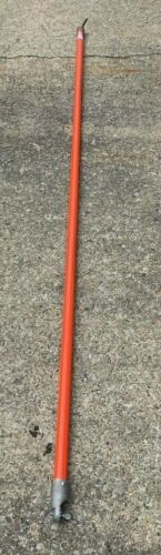 """HUBBELL CHANCE MODEL# H3046-13 DISCONNECT STICK 1 1/4"""" X 8"""