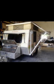 Caravan Windsor windcheater 13 foot pop top Nerang Gold Coast West Preview