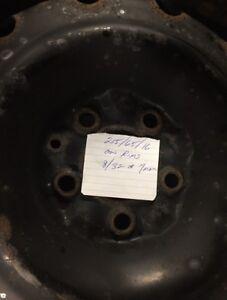 215 65 16 Winter tires on rims