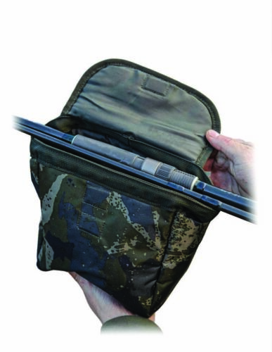 SOLAR TACKLE UNDERCOVER CAMO PADDED REEL POUCH CA30