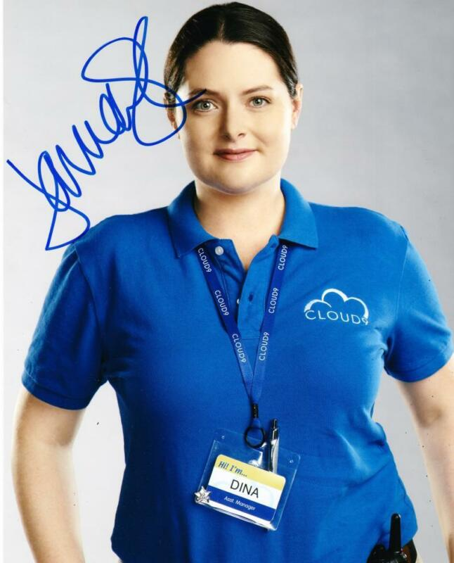 LAUREN ASH SIGNED 8X10 PHOTO AUTHENTIC AUTOGRAPH NBC SUPERSTORE COA B
