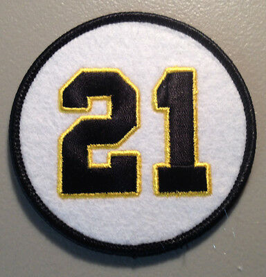 - ROBERTO CLEMENTE PITTSBURGH PIRATES RETIRED JERSEY NUMBER 21 PATCH